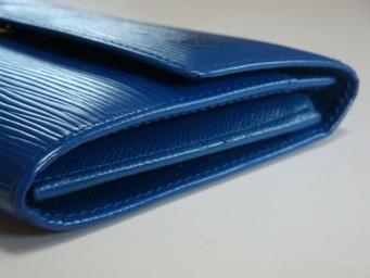 【Yves Saint Laurent】イヴサンローラン 財布のスレ、色あせを染め直し。