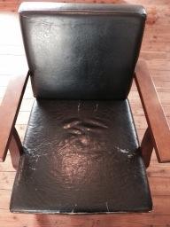 諏訪地域 合皮の椅子を張替え修理