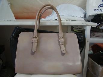 ヴィア リバブリカのバッグ染め直しのご依頼いただきました。