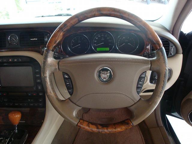 Jaguar(ジャガー)XJステアリング補修♪ ✩ご相談、出張お見積もりは無料でございます✩